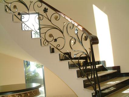 Fundiciones pardo Escaleras herreria para interiores
